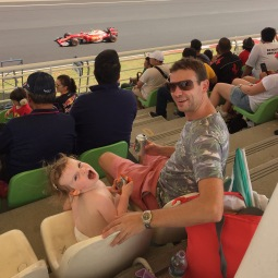 f1-fans-at-malaysian-grand-prix-sepang-oct-2016