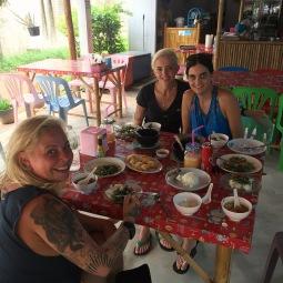 sharing-spicy-thai-food-koh-lanta-family-holiday-oct-16