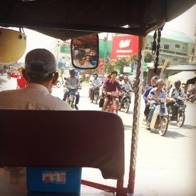phnom-penh-traffic