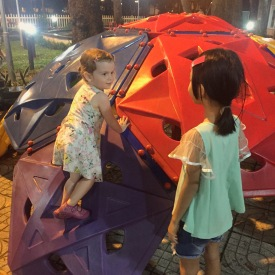 playing-in-tao-dan-kids-playground-saigon-ho-chi-minh-city