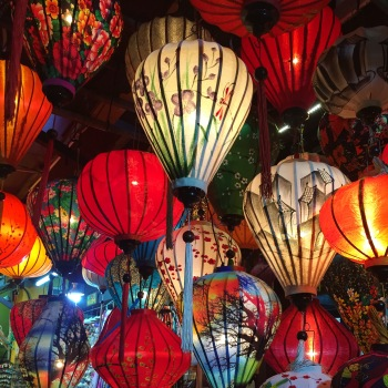 hoi-an-ancient-town-lanterns