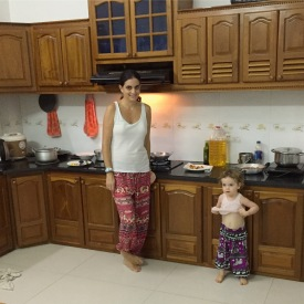 mum-and-tot-in-elephant-pants-in-horizon-homestay-kitchen